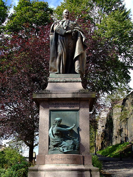 sir henry campbell bannerman statue stirling